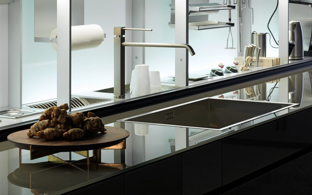 "Valcucine -50% – ""Glass is more"""