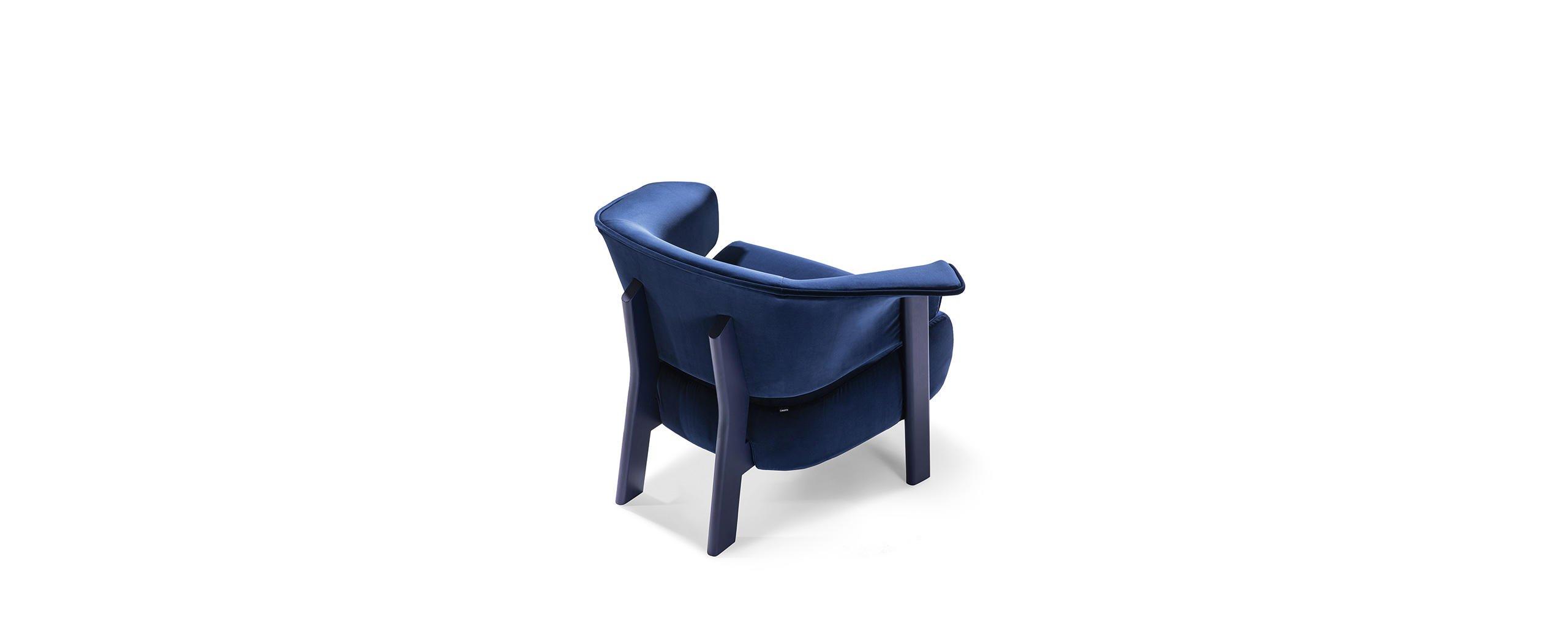 3_cassina_back-wing_armchair_patricia_urquiola_0