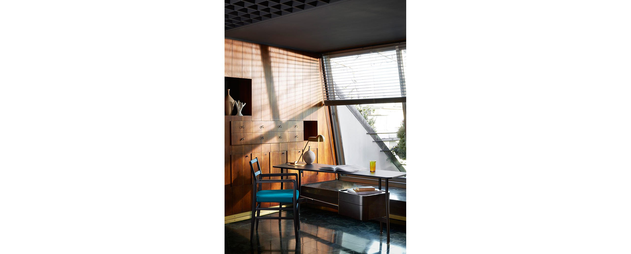3_cassina_leggera_chair_gio_ponti_with_armrests_photodepasqualemaffini